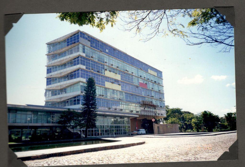O curso de Biblioteconomia funcionou na Reitoria da Universidade