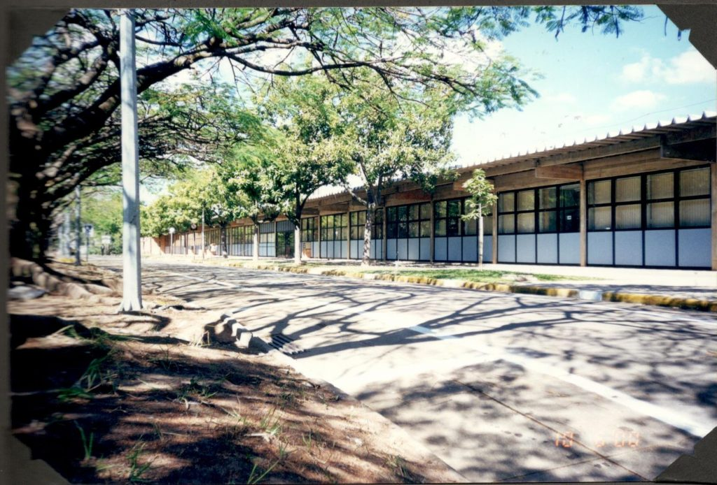 Escola passou a funcionar no antigo prédio do Colégio Universitário